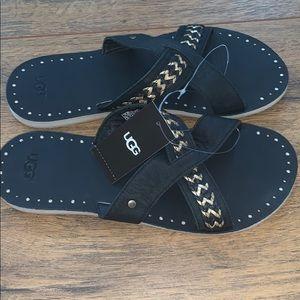 ✨NEW✨ Ugg sandals!